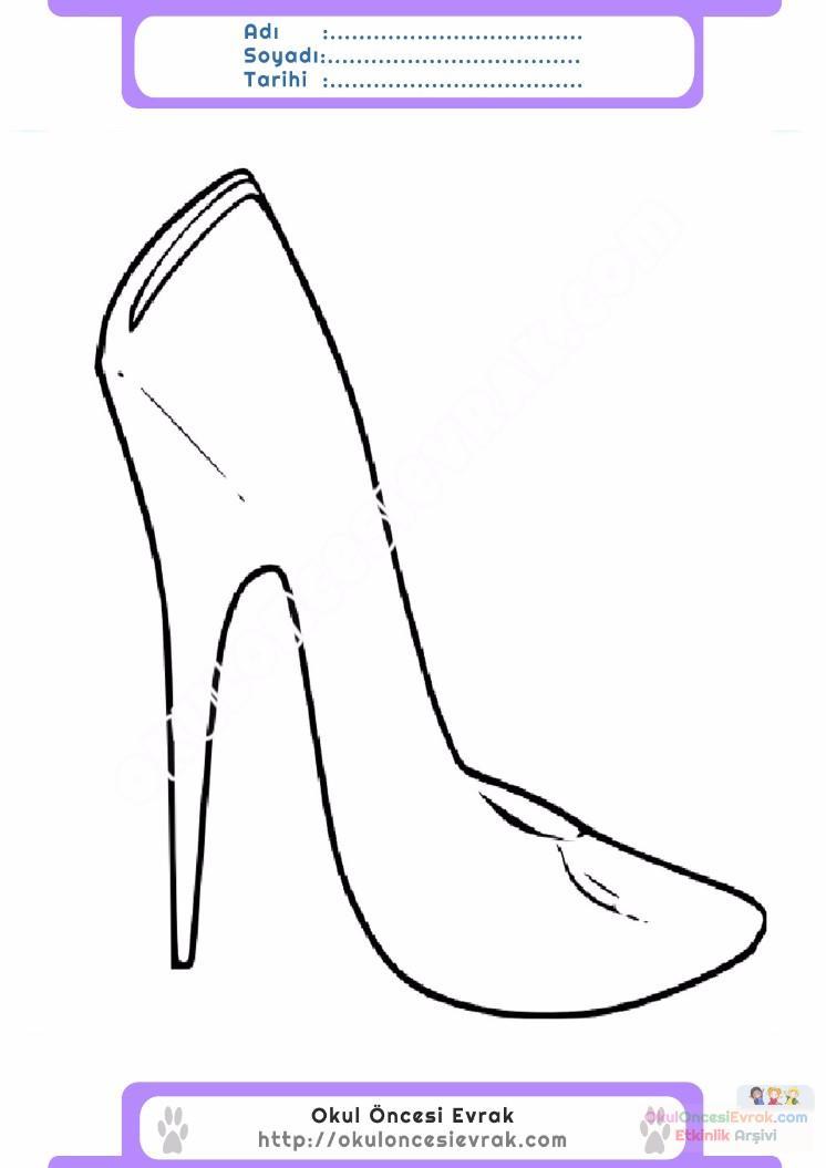 çocuklar Için Topuklu Ayakkabı Kıyafet Giysi Boyama Sayfası 5