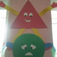 okul öncesinde geometrik,mevsim,renk, hava duygu grafikler  (206)